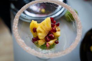 coupe ananas coriandre